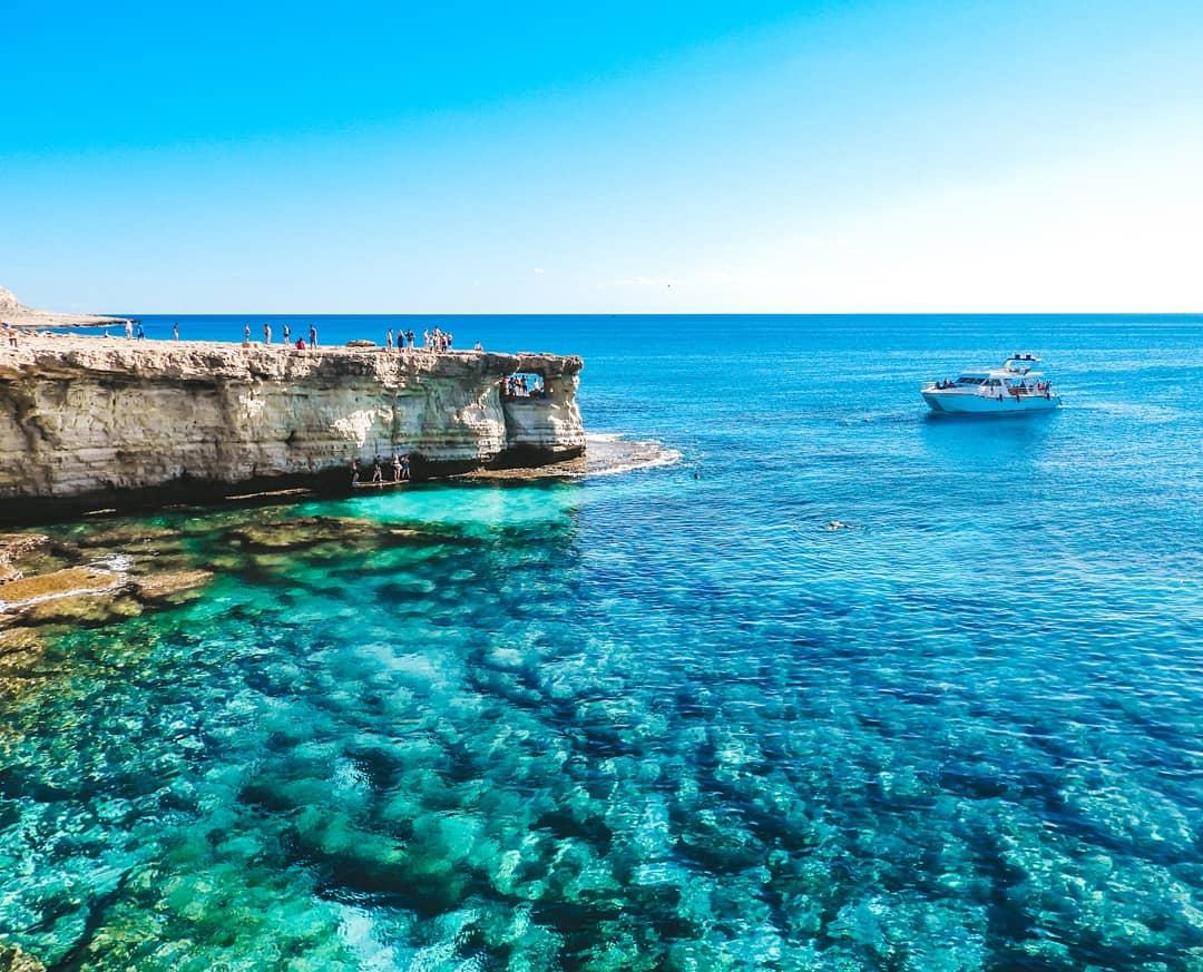 Пляжный отдых в начале апреля - Кипр