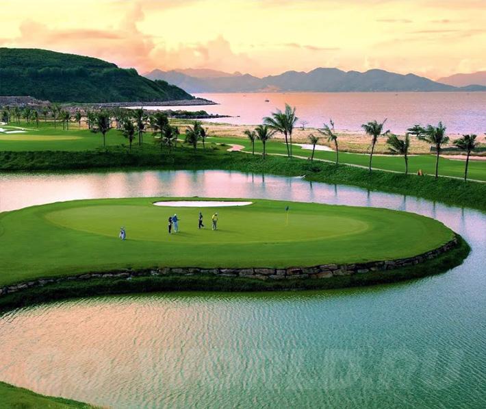Фукуок Вьетнам Винперл - поле для гольфа