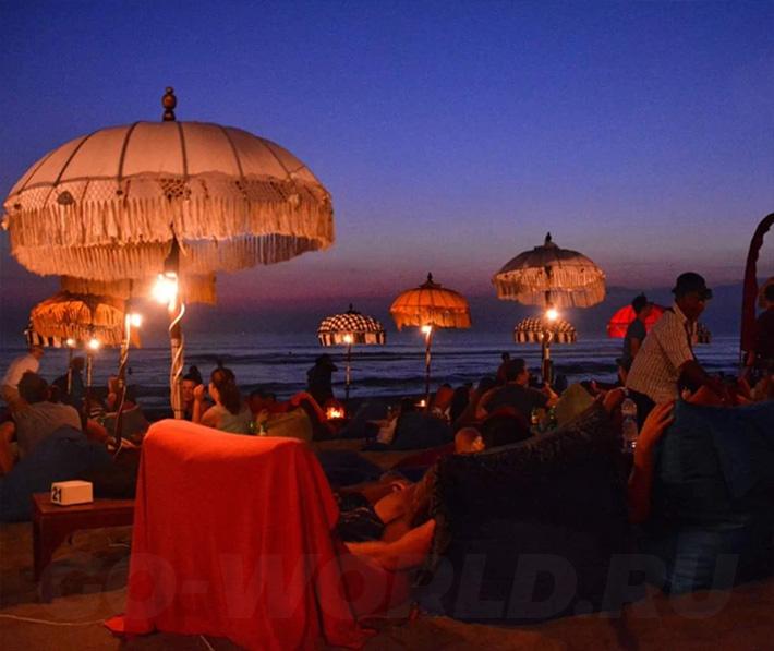 Пляж Семиньяк на Бали Индонезия