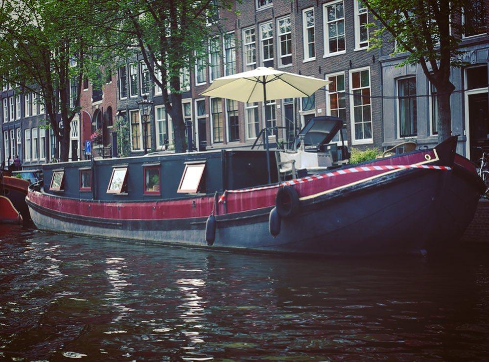 Самые необычные отели Амстердама